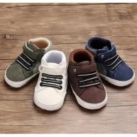 C529 SALUR BOOTS Sepatu Prewalker Bayi Laki Anti Selip Sol Halus Bahan