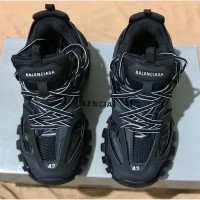 Sepatu BALENCIAGA Track Trainers original