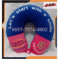 Souvenir Bantal Leher Custom Bordir+Acc Kancing