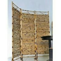PO Pembatas Ruangan/Partisi/Sketsel Bambu 3 Lipat Ukuran 120 x 170 CM