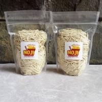Mie Mentah / Mie telur / mie basah / bakmi 1kg (10-12 porsi)