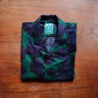 Green Cube Casual Shirt / Kemeja Hawaii / Kemeja Kasual - S