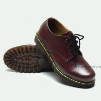 SEPATU Low Work Boots Docmart Dr Martens 3 hole lubang Pendek - Kulit