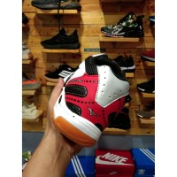 Sepatu Mizuno Wave Hurricane 3 white black Volly Olahraga Sport