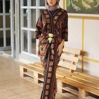 setelan rok tenun etnik dan blouse motif ntt