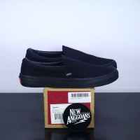 Sepatu Vans Slip On Classic All Full Black Hitam Polos - Premium BNIB