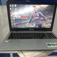 laptop asus X555B AMD A9 ram 4 desaind and game