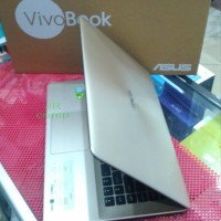 Laptop ASUS A442UQ Core i5-8250 8Gb 1TB Gt940mx 2Gb 14 FHD win10
