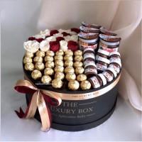 Premium Chocolate Box Valentine / The Luxury Box Cokelat Bunga