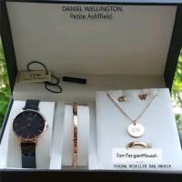 Jam Wanita Merek Daniel Wellington DW Petite Original Fullset Gift Rin