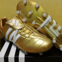 Sepatu Bola / Soccer Adidas Predator Mania 2017 Gold - FG