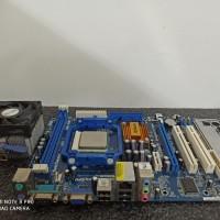 Paket mainboard seri 68s3 + prosesor athlon2