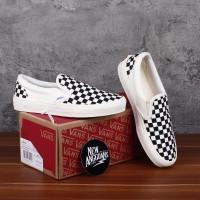 Sepatu Vans Slip On OG Ivory Checkerboard Catur White Black Putih