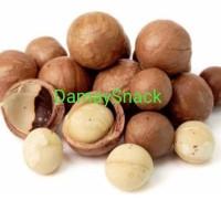 Kacang Macadamia Matang/Roasted Macadamia (Kulit) 1kg