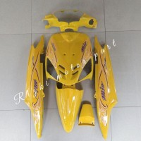 COVER FULL BODY HALUS MIO SPORTY KUNING + STRIPING Prm