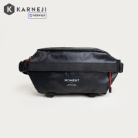 Moment Fanny Sling Black Ripstop // Waist Bag Pack