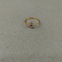 cincin jari2 mata 3 merah putih 1/2 gram emas muda