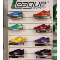 sepatu futsal Meister [League Legas Series]