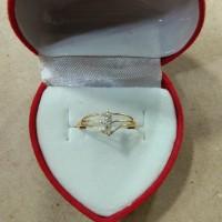 cincin jari2 mata putih 3 setengah gram emas muda