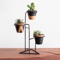 rak pot bunga atau pot tanaman hias maupun bunga asli no C1