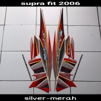 sticker striping body lis motor supra fit new 2006 silver-merah