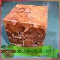 Kursi / Bangku antik kotak bonggol akar kayu jati alami