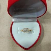 cincin anak mata putih model bunga 1/2 gram emas muda