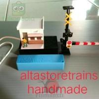 Mainan Anak Kereta Api Rc Xk12D430 Miniatur Palang Pintu Suara
