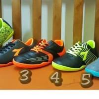 Sepatu Futsal Anak Diadora