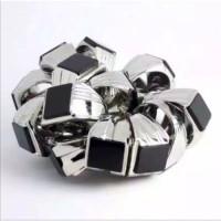 Cincin pria batu black onyx mewah dan elegan ring titanium