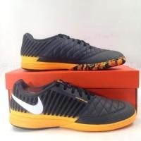 Sepatu Futsal Nike Lunar Gato II DK Smoke Grey 580456-018