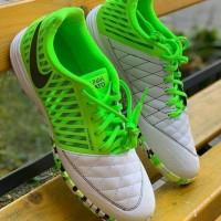 Sepatu Futsal Nike Lunar Gato II Elektric Green IC