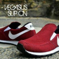 * Sepatu Sport Pria Casual Running Nike Pegasus Slop Maroon
