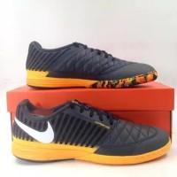 Sepatu Futsal Nike Lunar Gato II IC DK Grey White Orange Black 580456-