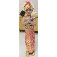 Baju Adat Bali Anak Perempuan + Mahkota + Rambut Cemara