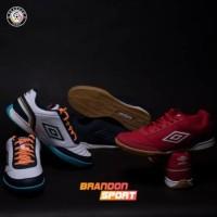 Promo Sepatu Futsal Umbro Street V Berkualitas