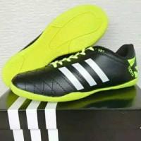 sepatu futsal adidas jumbo size 44 45 46 47