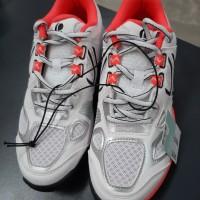 Sepatu Olahraga/Sepatu Badminton /Sepatu Fitnes