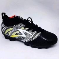 Sepatu Bola Specs Heritage Fg Warna Black Gold White Original