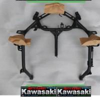 bracket fairing depan ninja 250 fi new original kawasaki