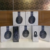 Audio Technica ATH-M40X ATH M40X M40 X Professional Monitor Headphones