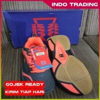 Sepatu Badminton RS Rainforce Speed Sirkuit 571 Grey Black Orange Or