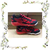 Sepatu Badminton Lining AYTM 037 berkualitas