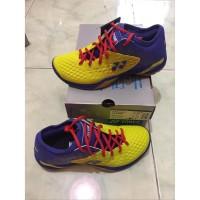 Sepatu Badminton Yonex SHB 03 Z Men Yellow Blue Original berkualitas