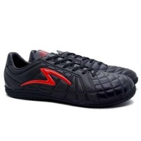 Sepatu Futsal Specs Barricada Kaze IN Black/Emperor Red