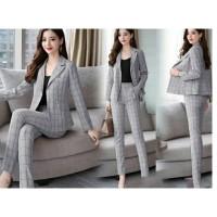 Setelan Blazer Fashion Wanita ( Cocok untuk Kantoran )