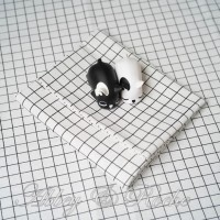 Kain Kanvas Impor motif Mini White Square