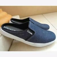 Terpopuler ! Hits Sepatu Sandal Sendal Vans Biru Muda Jeans Levis Pria