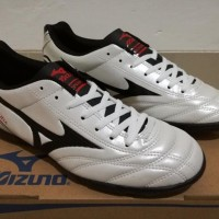 Terpopuler ! Sepatu Futsal Mizuno Monarcida White - TURF 5758