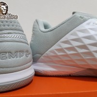 Sepatu Futsal - Nike Tiempo Lunar Legend 8 Pro White Platinum Sepatu